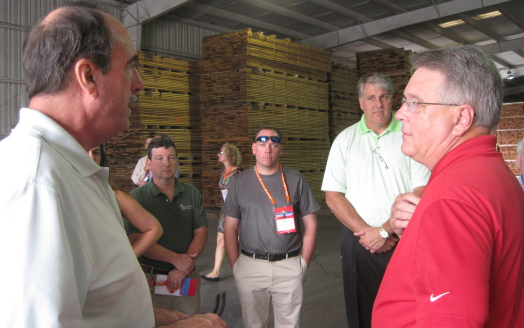 HDA Yard Tour at Annual Meeting a Success